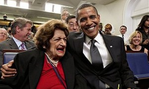 Obama+and+Helen+Thomas.jpg
